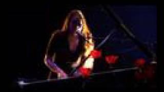 Amélie-les-crayons - La Valse du Danseur de Lune (live) YouTube Videos