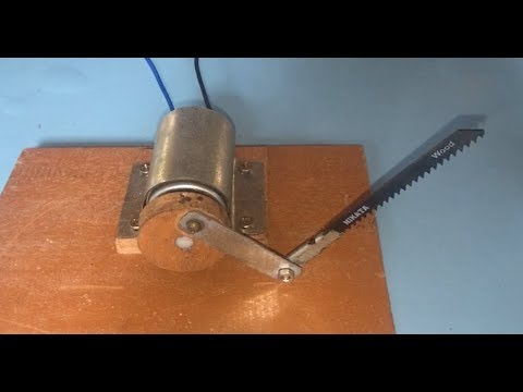 How to make a mini electric table saw at home