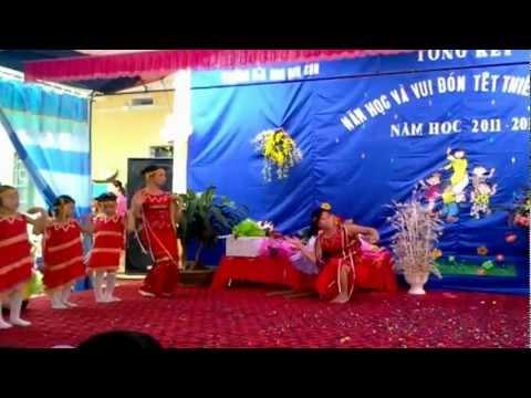 Trường Mầm Non Kim Sơn Hè 2012  {Chiều Lên Bản Thượng - Cô và Cháu biểu diễn}