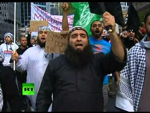 Австралийские мусульмане атаковали