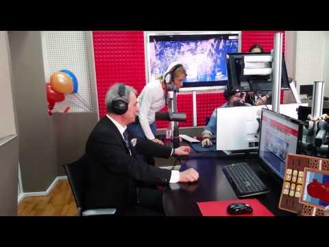 Radio Aurora 100.7 FM.  Jan Jack Mantua
