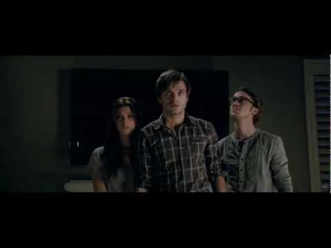 The Apparition Trailer HD lingua originale