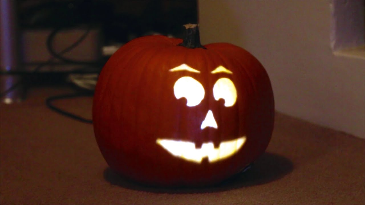 projection mapping on a pumpkin halloween 2014