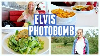 ELVIS PHOTOBOMBED MY PICTURE?!