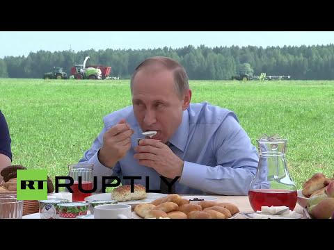 Russia: Putin tries