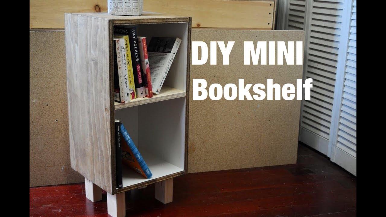 DIY Mini Bookshelf
