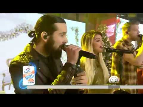 God Rest Ye Merry Gentlemen & Merry Christmas, Happy Holidays | PTX Today Show 12/13/2016