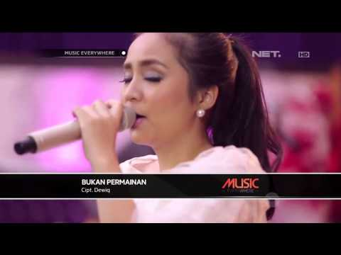 Gita Gutawa - Bukan Permainan (Live at Music Everywhere) **