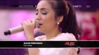 Download lagu Gita Gutawa Bukan Permainan Live At Everywhere