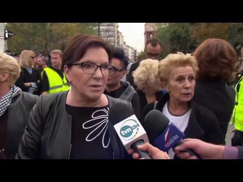 Pologne : des milliers de polonais manifestent contre le projet de loi anti-avortement