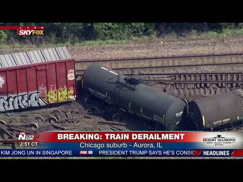 BREAKING: Freight train derailment in Chicago suburb of Aurora, IL (FNN)