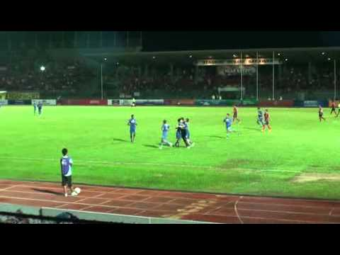 Malaysian Super League (Sarawak vs Lion XII FC) - penalty 71st min  by Cap.Singapore Shahril Ishak Travel Video