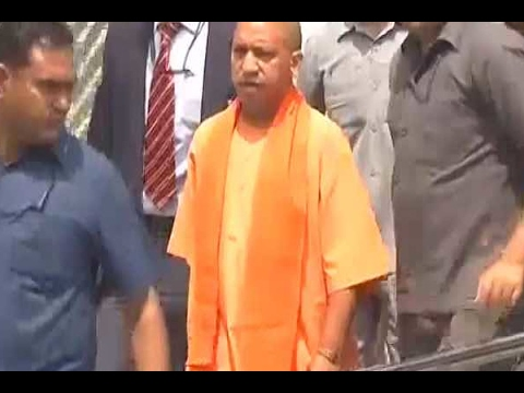 CM Yogi pays surprise visit to KGMU Trauma centre to meet gang rape victim