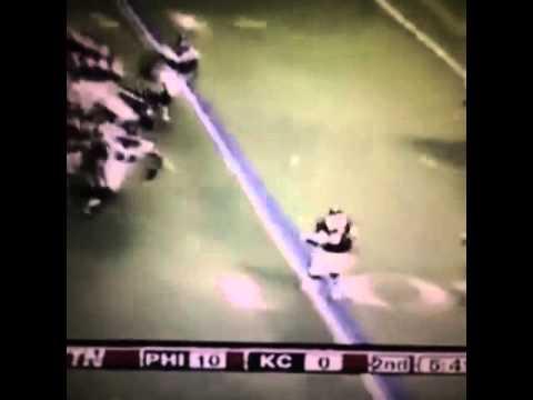 Asante Samuel jacks up Dexter McCluster!! (@HitStickVine) #HitStick #NFL #Footballhits #Football...