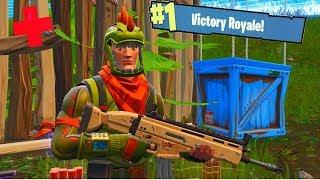 FORTNITE - 1 HP HERO! (Victory Royale)