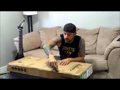 Jackson Pro Series Soloist SL2 Unboxing With Gus Rios