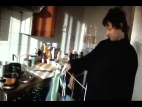 Limmy's Show - Dee Dee in the kitchen
