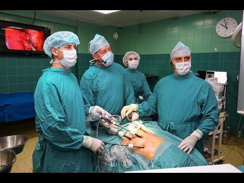 Лучшие врачи-колопроктологи страны демонстрируют в НИИ-ККБ№1 свои хирургические методики