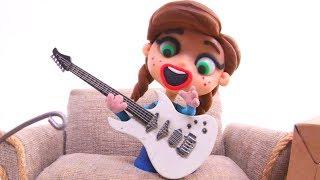 Anna Plays Bad Guitar ❤ Superhero Babies & Frozen Elsa Play Doh Cartoons & Stop Motion Movies