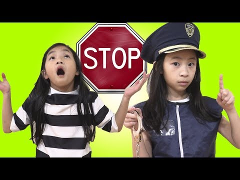 Pretend Play Police Chase Taxi Driver