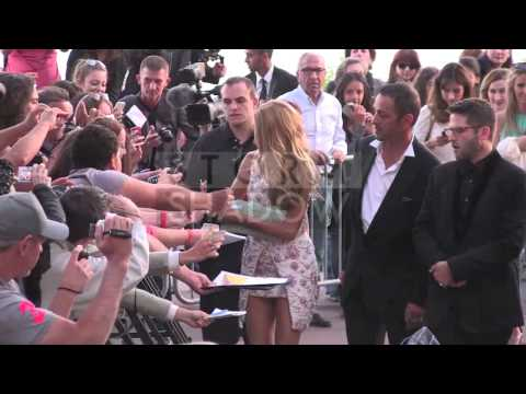 blake-lively-and-zoe-saldana-at-grand-journal-show-in-cannes