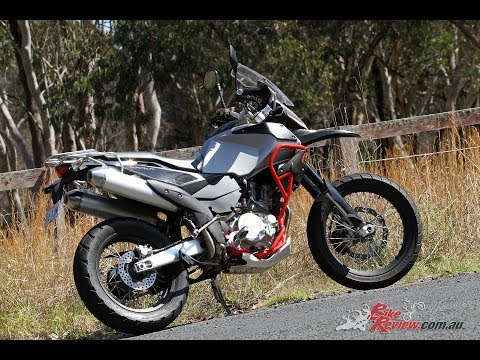 2017 SWM 650 Superdual Tested - Bike Review