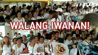 "AlDub Nation, shows their Love and Support to AlDub with Banner says ""WALANG IWANAN"""
