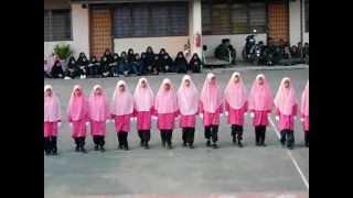 Kawad Kaki Formasi Puteri Islam SMRA Jempol
