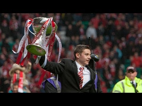 Peter Pawlett Baby | sung by the Red Army