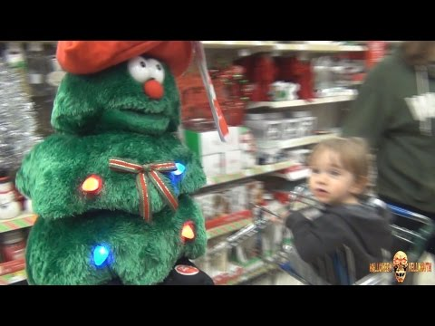 Hellmouth Vlog 11.20.14 [Day 1440] - Walgreens Christmas Aisle Fun ...