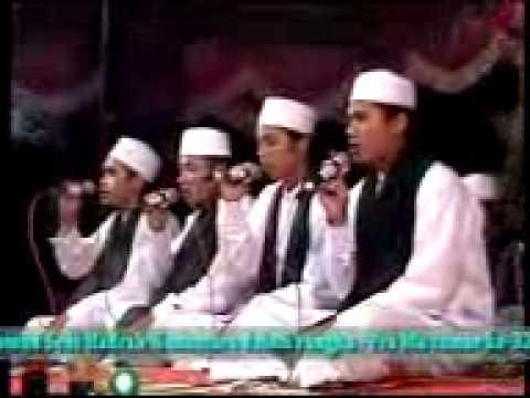 Hadroh Nurul Muhibbin Labuhan Brondong Festival di PP. Tarbiyatut Tholabah Kranji
