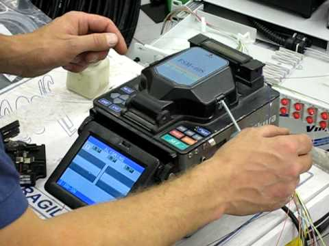 Splicing Fibre With A Fujikura Arc Fusion Splicer Youtube