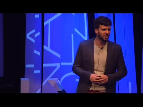 El usos de los drones en el salvamento marítimo  | Enrique Fernández | TEDxUPValència