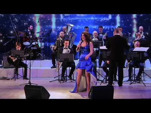 Отель Калифорния – поёт Тамила Абдуллаева