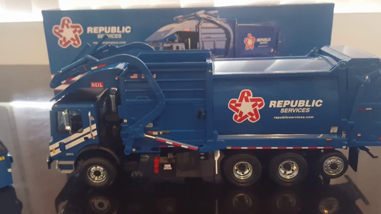 First Gear Garbage Truck Republic Services Unboxing In 1