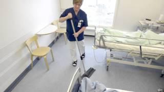 Potilaspaikan ja lattian pyyhintä