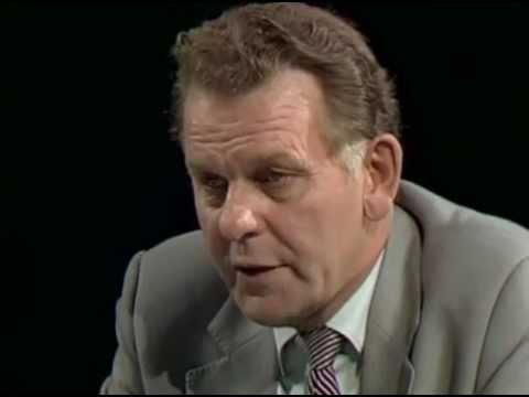 Valet 1982 - Thorbjörn Fälldin (C) frågas ut i SVT