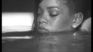 Download Mp3 Rihanna - Diamonds  Acoustic  Version