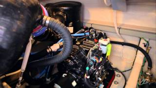 The Meridian 541 Sedan :: Engine Room