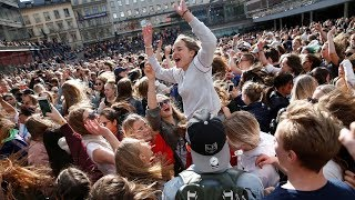 Fans gather in Stockholm to pay tribute to superstar Avicii