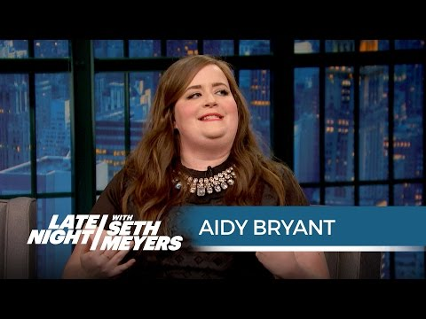 Aidy Bryants Cat Café Experience - Late Night with Seth Meyers