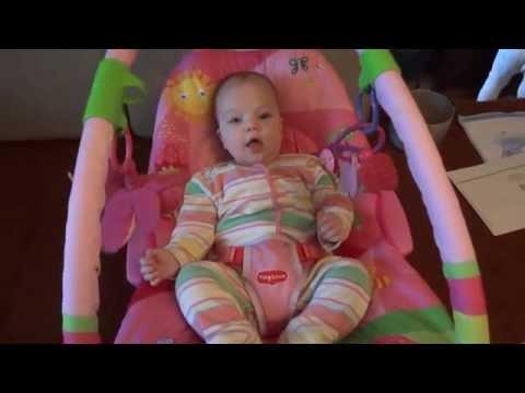 """Вибрирующее кресло-шезлонг (баунсер) Tiny Love с дугами """"Моя принцесса"""""""