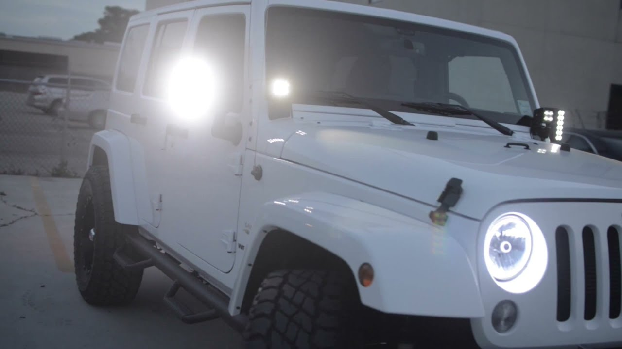 oracle jeep wrangler sahara with white leds [ 1280 x 720 Pixel ]