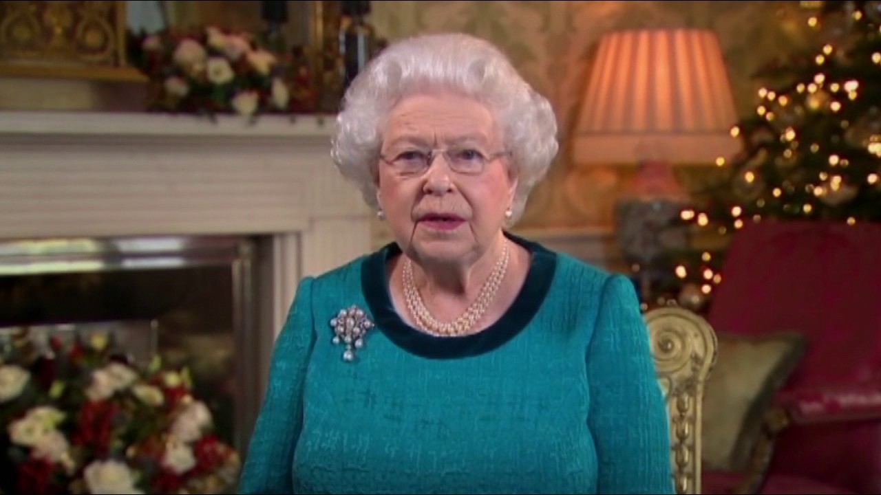 The Queen\'s Christmas Message, December 2016 - YouTube