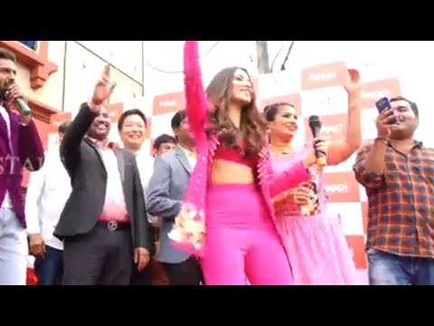 Actress Tamanna Dance For Swing Zara Song @ Happi Mobile Store Launch  Manastars