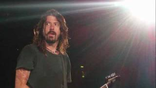 Foo Fighters - Lonely As You (Live @ Manchester 2002)