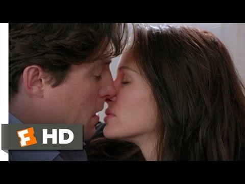 Notting Hill (3/10) Movie CLIP - A Spontaneous Kiss (1999) HD