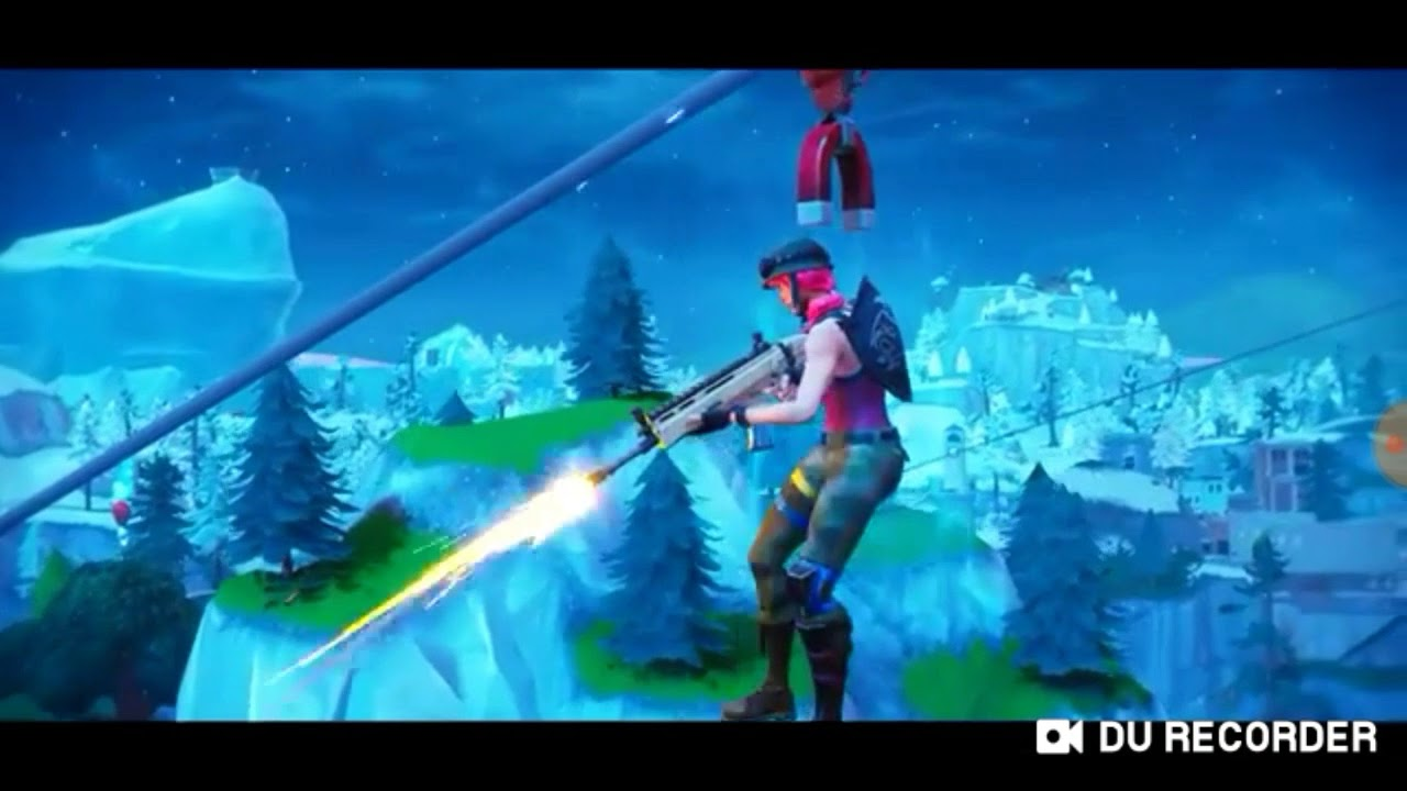 69ad2cebb79 Cool moments happen to me in fortnite i edit the vid to - YouTube