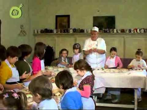 Детское меню. Слоеные пирожки и оладьи с яблоками без регистрации и смс