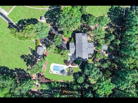 157 Carson Rd, Brooks GA | Waterfront Retreat